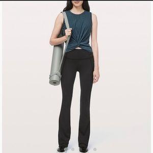 Lululemon Womens black groove Pant Flare size 8